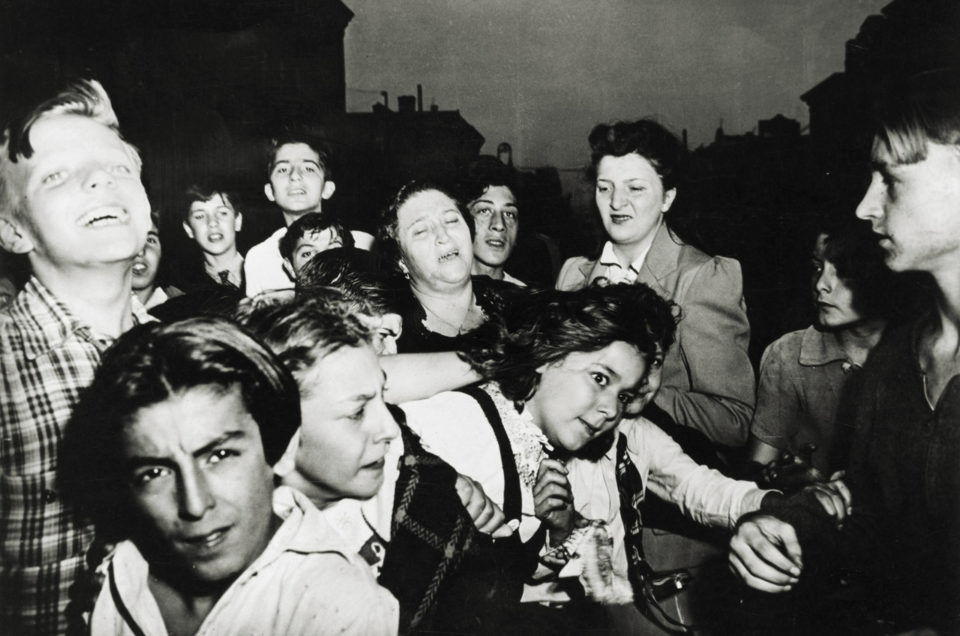 TICHY AND WEEGEE AT ICP - NEW YORK